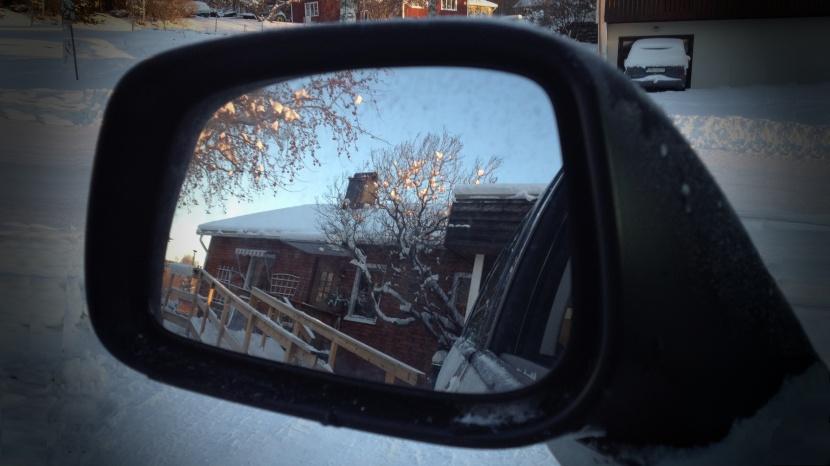 Gnarp S-vägen, inför avresa från Gnarp till Huddinge, 27 december 2014