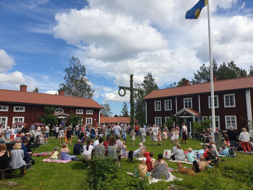 Gnarp, midsommarafton vid hembygdsgården, 21 juni 2019