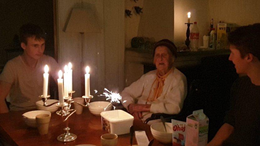 Huddinge M-vägen, mormor I:s 91-årskalas, 10 oktober 2020