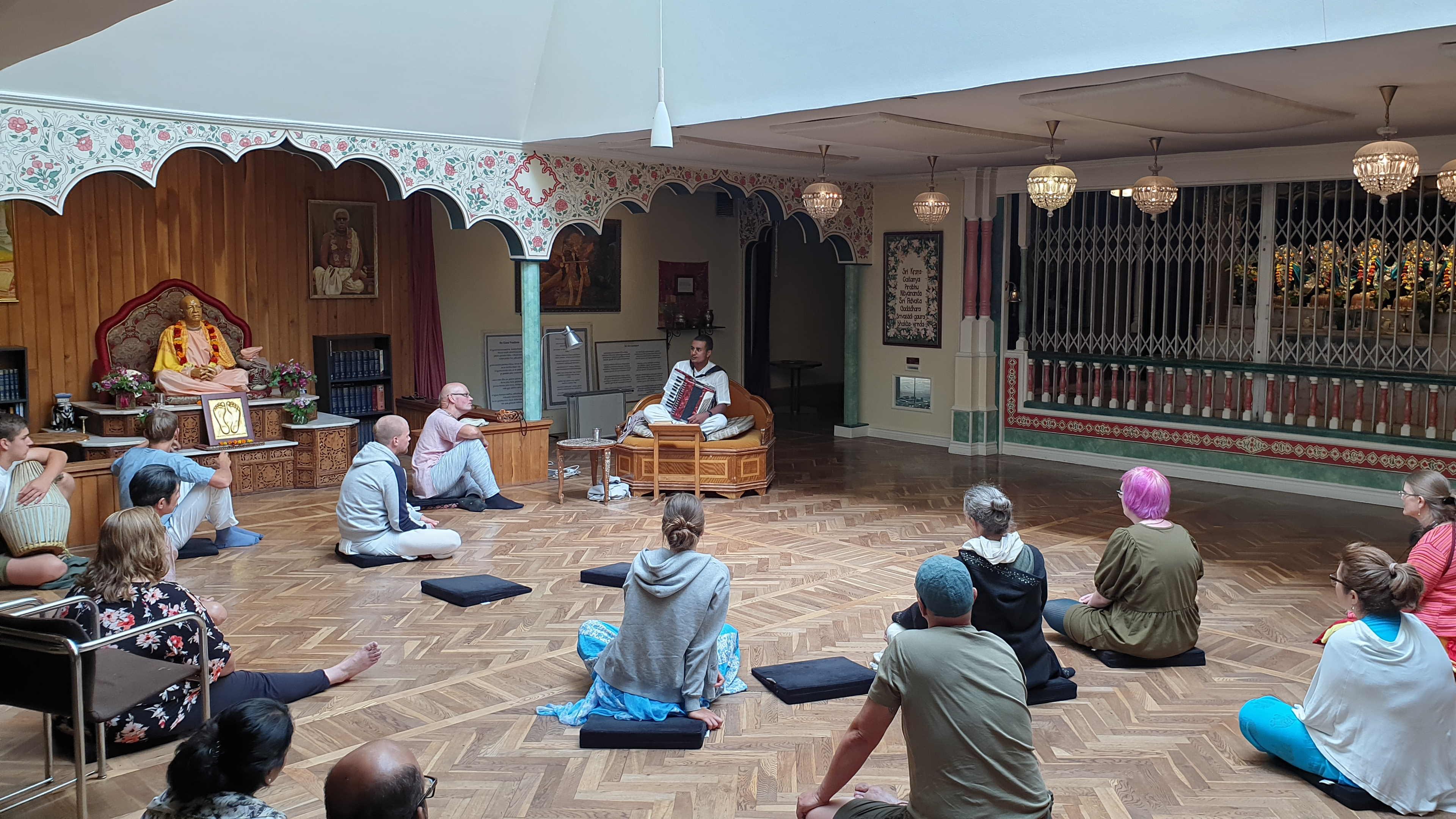 Järna, Hare Krishna på Almviks gård, 1 augusti 2021